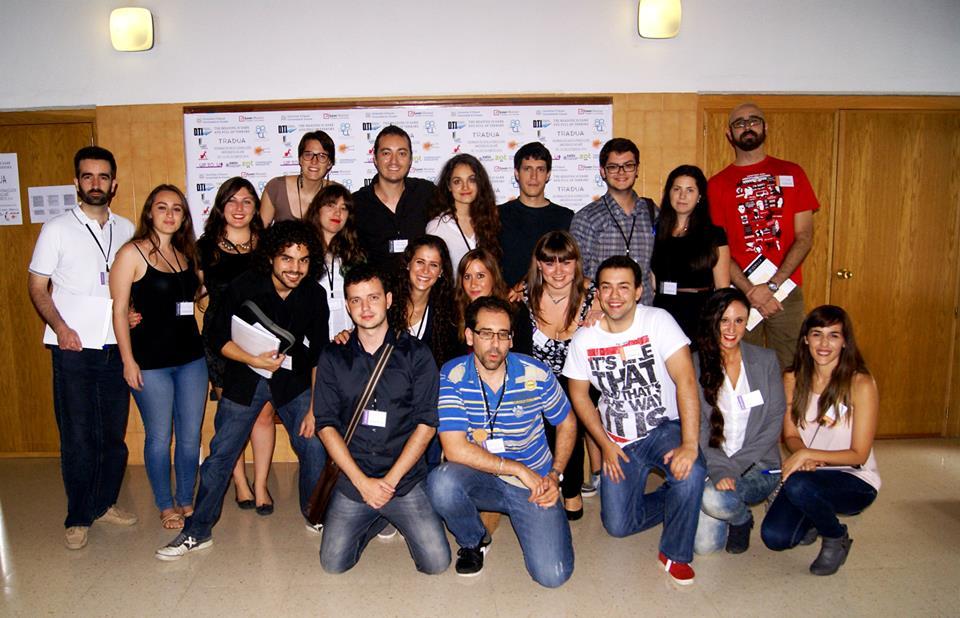 Tradua ponentes y asistentes